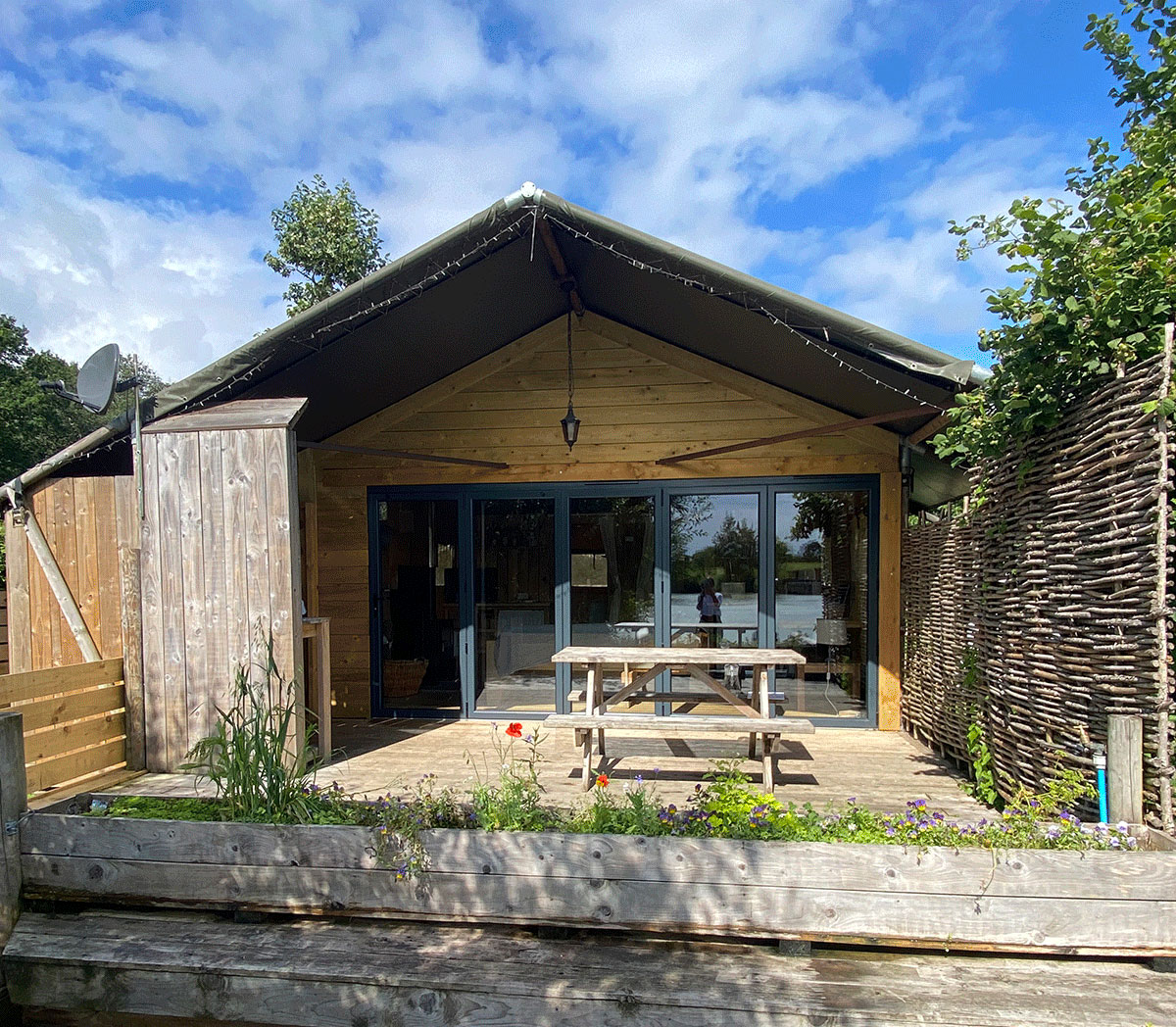 Only Girl Travel Guide: Family Glamping at Sumners Ponds Safari Tent